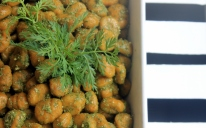 carrot gnocchi with a carrot's green dressing: no waste in our kitchen!
